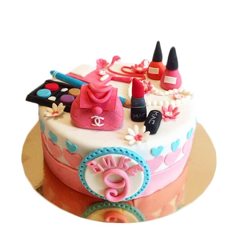 Mak Makeup Kit Cake delivery in Rohtak